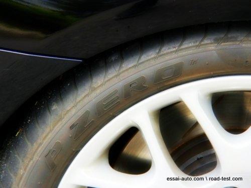valuation du pneu pirelli pzero roulement plat essais routiers actualit s chroniques et. Black Bedroom Furniture Sets. Home Design Ideas