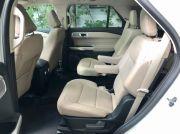 ford_explorer_hybride_rear_seat