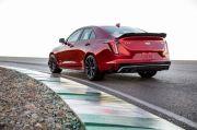 2022-Cadillac-CT4-V-Blackwing-rear