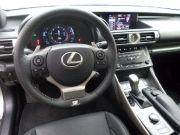 2014-lexus-is350-vs-infiniti-q50s-hybride-match-comparatif-g6