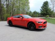 2015-ford-mustang-gt-f1