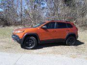 2015-jeep-cherokee-trailhawk-f4