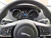 jaguar_f-pace-dashboard