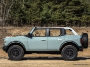 4-Ford-Bronco_4-door-2021-1280-0a